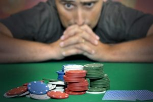what-are-the-signs-of-a-gambling-addiction-28986346-nov-6-2012-1-600x400